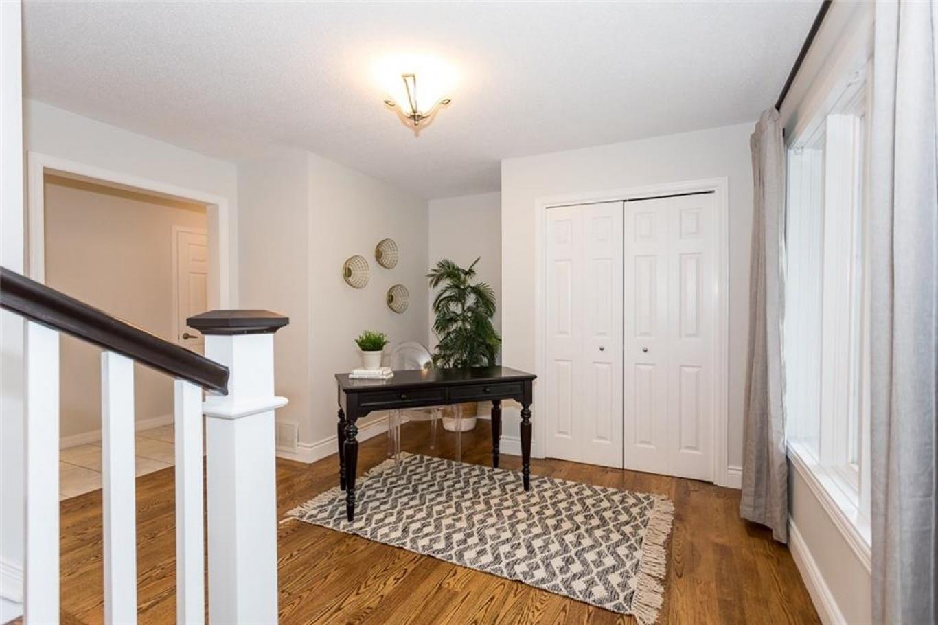 130 Saphir Avenue, Ottawa, Ontario K4B 1J9, 4 Bedrooms Bedrooms, ,3 BathroomsBathrooms,Villa,For Sale,Saphir Avenue,1009